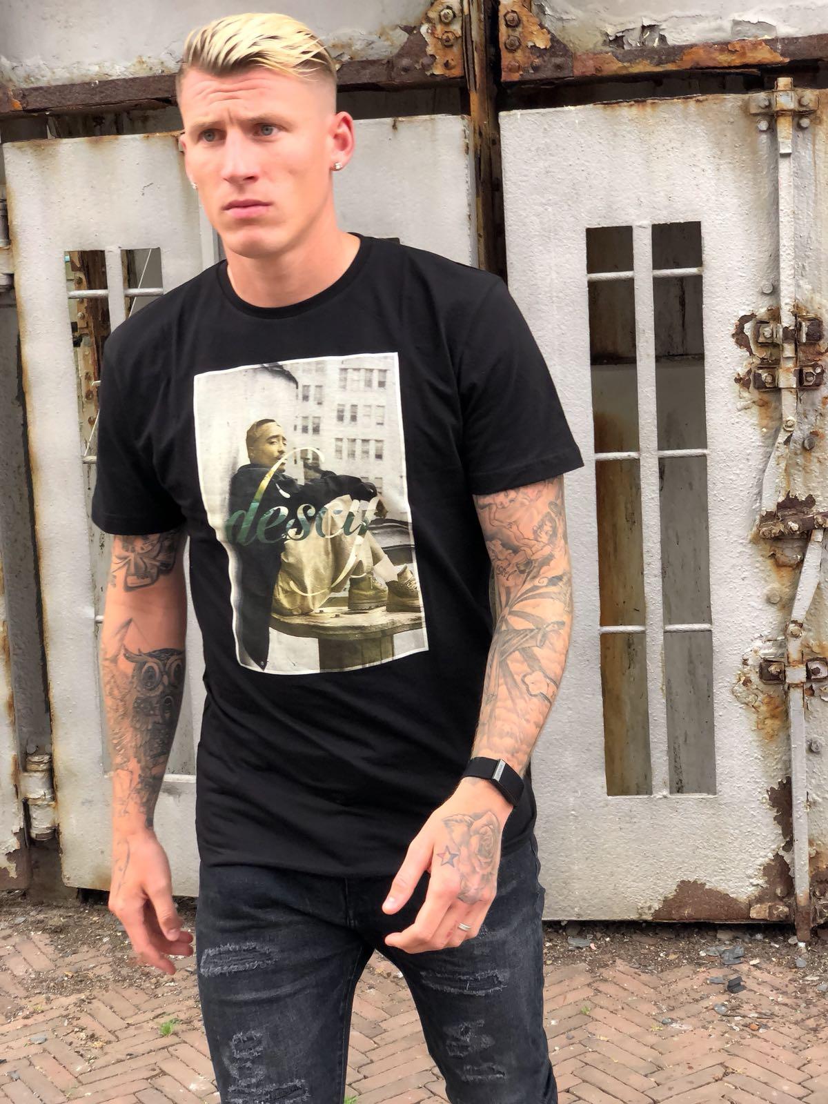 Tupac Image T-shirt Black Unisex