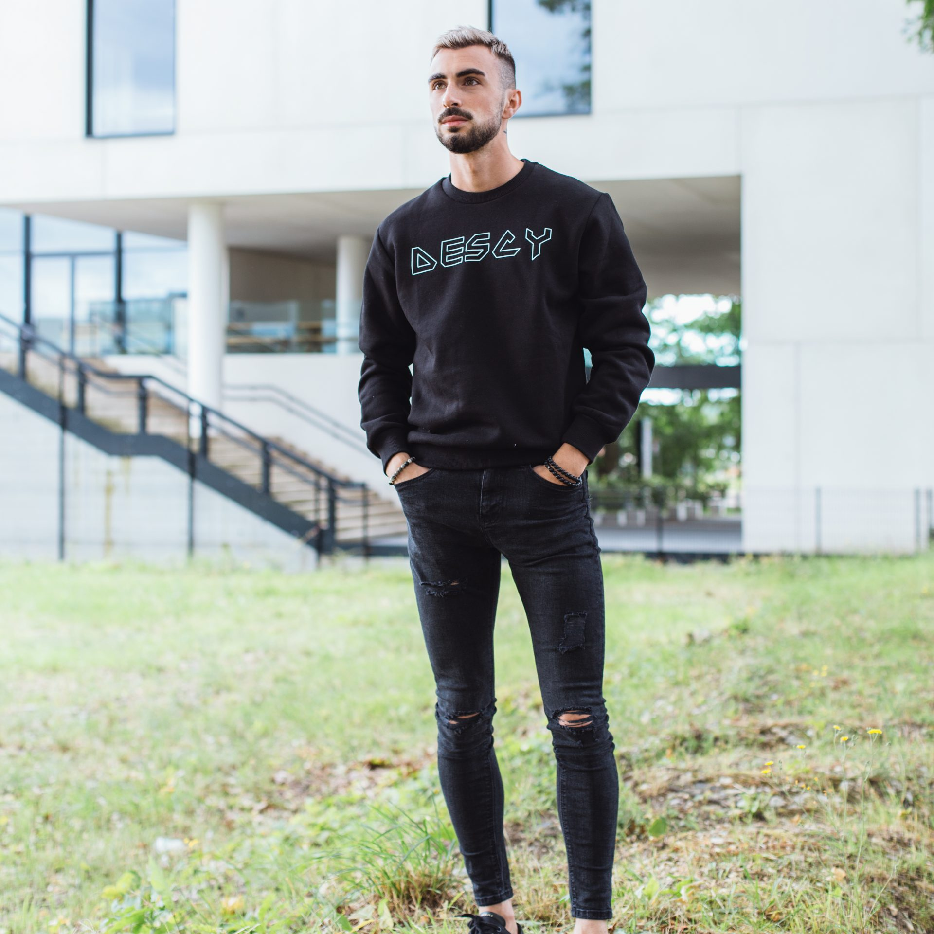 DESCY Iron Logo Sweater Black Unisex